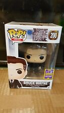 POP Funko Bruce Wayne Batman TRU #200 DC Justice League Figure SDCC 2017 - New