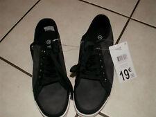 chaussures toile garçon 41 NEUVES 50%