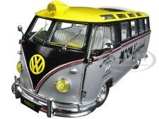 1959 VOLKSWAGEN MICROBUS DELUXE USA MODEL MOONEYES 1/24 M2 MACHINES 40300MOON1B