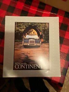 1979 Lincoln continental brochure