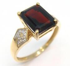SPLENDID 9KT YELLOW GOLD OCTAGON GARNET & DIAMOND RING SIZE 7   R965