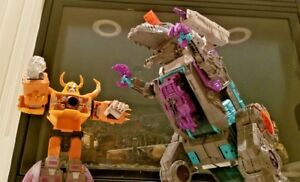 2 Transformers Titans Returns Trypticon/Lights Up Unicron Lot GREAT FIND