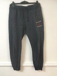 Hollister Grey Trousers Size Medium Mens Great Condition (D830)