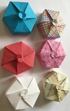 "SMALL GIFT BOX Die-Cuts(3pc)Approx.2""In Diameter•Christmas•Holiday •Candy•Party•"