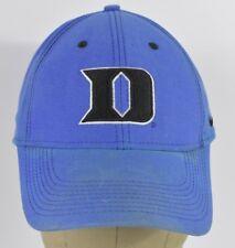 Logotipo azul D Lacrosse equipo insignia Recuerdo Bordado Béisbol Sombrero  Gorra Ajustada 6c4de5b7c75