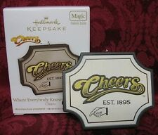 HALLMARK 2011 SOUND ORNAMENT~CHEERS~WHERE EVERYONE KNOWS YOUR NAME
