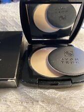 Avon True Color ~ Flawless Mattifying Pressed Powder ~ Light Medium ~