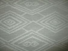 BARGAIN ROLL END 6 METRES GEOMETRIC WOVEN CHENILLE UPHOLSTERY FABRIC PALE GREY.