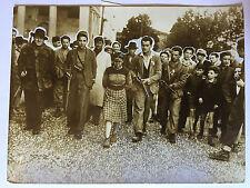 ww2 photo press , campagne Italy , Milan 1945 , La cattura di una fascista
