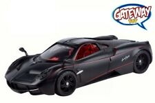 1/24 MOTORMAX Pagani Huayra & Red Line Diecast Model Car Matte Black 79502