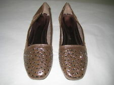 Unbranded Medium (B, M) Synthetic Flats for Women