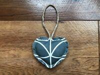 HANDCRAFTED SHABBY CHIC HEART DOOR HANGER – ORLA KIELY GREY LINEAR STEM FABRIC