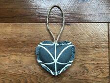 HANDCRAFTED SHABBY CHIC HEART DOOR HANGER – ORLA KIELY GREY LINEAR STEM FABRIC