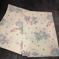 Vintage Wamsutta Ultracale Set of 2 Standard Pillowcases Pastel Florals on White