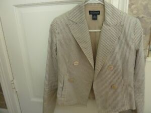Ann Taylor 2P Blazer-100% cotton and in excellent condition