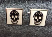 Alexander McQueen White Enamel Silver Cuff Links With Black Skulls