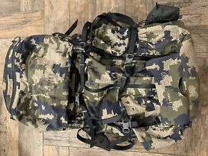 Kuiu Icon 7200 Backpack with extras