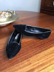 Karl Lagerfeld Paris Henna 2 Velvet Black  Flats Silver Trim Sz 8.5
