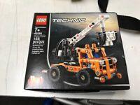 LEGO Technic Cherry Picker 42088 Building Set Brand New Sealed 155 Pieces