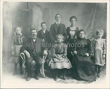 Pioneer Family with Six Children Original Photo