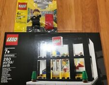 Lego 3300003 Retail Store Grand Opening+Lego 5001622 Lego Store Employee Limited