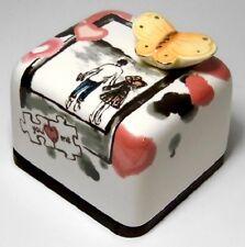 Lover Couple Korea Orgel Music Box Paperweight Ceramic Hand Craft, Figure
