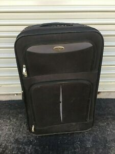 American Gear Black Medium Rolling Carry-on Suitcase 24 in.