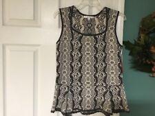 CAbi #887 Gray White Peplum Shell Sleeveless Knit Sweater Top Size Medium (CON6)