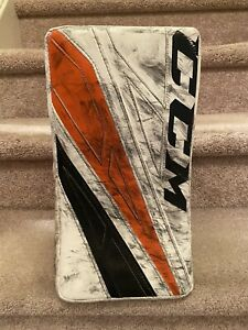 Carter Hart : Game Used Worn Blocker NHL DEBUT 1st Win Rookie Season Flyers