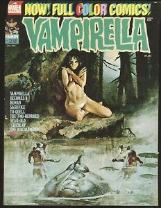 Vampirella # 28 - Boardgame inside covers VG/Fine Cond.