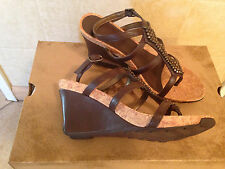 Kenneth Cole Reaction Brown Wedges Sandals 6 1/2 m New.