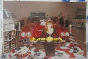 Photo Sexy Redhead Woman Cleavage Stomach Classic Vintage Red Corvette CJ60