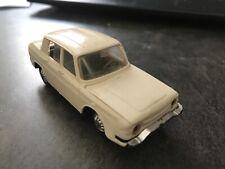 Voiture 1/43 Miniature Renault 10 Blanche Norev N 9 France