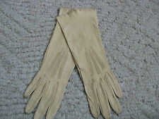 VINTAGE LADIES LIGHT CAMEL COLOR SOFT LEATHER MID LENGTH GLOVES MADE IN SAXONY