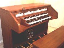 Rodgers 595 Digital Organ with MIDI and Internal Speakers