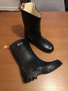 Aigle Bison Rain Boot In Black Size 40