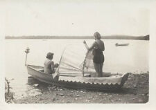 ORIGINAL 1933 PHOTO OF TWO WOMEN IN BATHING SUITS ON SMALL BOAT - ORANGE LAKE