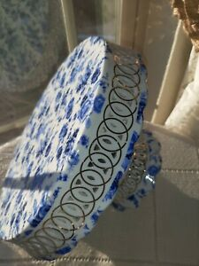 GORGEOUS!! Vintage Shabby Chic Blue Rose Cake Stand!!ABSOLUTELY STUNNING!!MINT!!