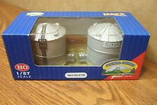 IMEX RESIN BUILT-UP STRUCTURE HO SCALE SUKUP GRAIN TOWERS  2/PK.
