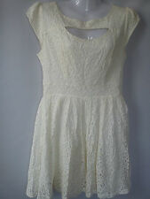 **STUNNING** CREAM LACE BACKLESS LADIES WOMENS DRESS SIZE 10/12 SIZE M (0.3)