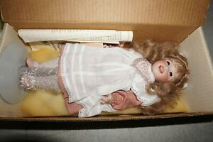 WENDY LAWTON DOLL - LAUGHING ALLEGRA BOX CERTIFICATE