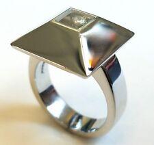 Chopard Happy Diamond 18K White Gold Ladies Ring MSRP $4,900.00
