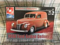 1940 FORD SEDAN DELIVERY 1/25 AMT MODEL KIT NEW. DISCONTINUED LQQK!