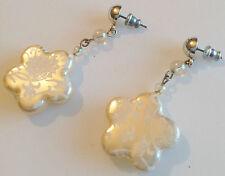 boucles d'oreilles percées rétro couleur argent pampille fleur nacré perle 279