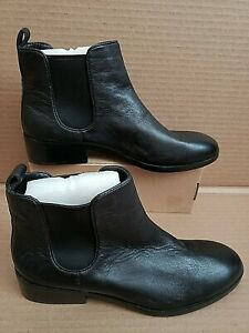NEW COLE HAAN LANDSMAN BOOTIE CHELSEA BLACK LEATHER WOMENS ANKLE BOOTS SHOES 9.5