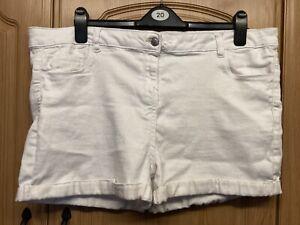 White Ladies Pep & Co Denim Shorts Size 20-22