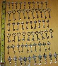 Wedding silver gold & bronze old look keys 60 antique Victorian charm skeleton