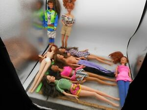 VINTAGE LOT OF 8 Brunette, redheads, BLACK HAIR Barbies dolls 1990'S, NBA