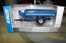 1/64 SpecCast Kinze 1300 Grain Cart with Row Crop Tires