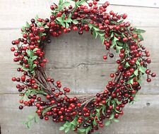 GISELA GRAHAM CHRISTMAS RED BERRY SMALL LEAF WREATH d34cm